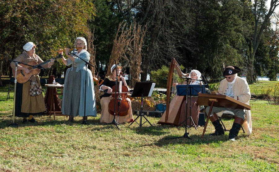 Berkeley-Thanksgiving-Festival-2018-31-of-60
